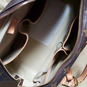Louis Vuitton Bags - 💯% LOUIS VUITTON  deauville bag. Authentic